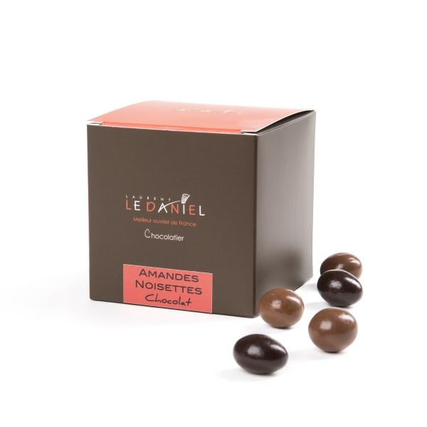 amande noisette chocolat noir lait chocolate rennes bretagne bonbons cadeau fête classique
