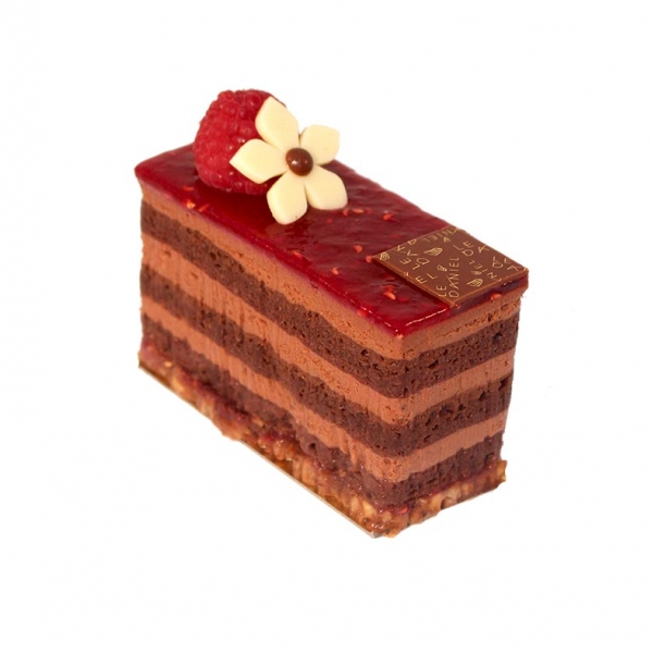 petit gâteau pâtisserie dessert pâtisserie chocolat noir et framboise dessert haute patisserie laurent le daniel maison le daniel mof meilleur ouvrier de france pâtisserie salon de thé rennes ille et vilaine bretagne