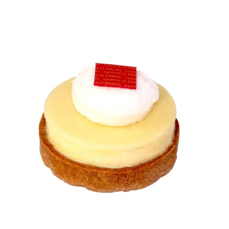 Petit gâteau traditionnel tartelette au citron Paris Brest